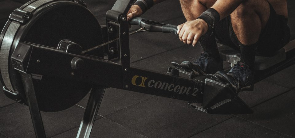 Hjälpa till på gymmet
